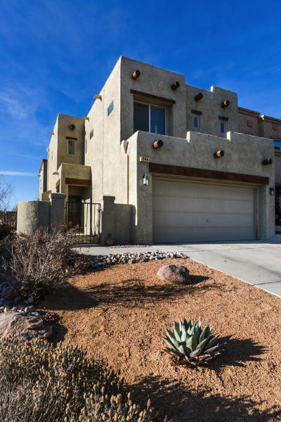 Albuquerque, Rio Rancho Single Family Home For Sale: 1944 Cortina Loop SE