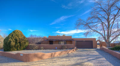 Rio Rancho Single Family Home For Sale: 1500 Sunset Road SE