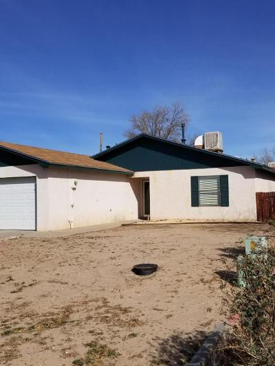 Albuquerque, Rio Rancho Single Family Home For Sale: 2897 Turf Lane SE
