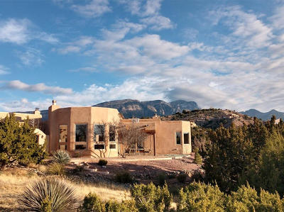 Placitas Single Family Home For Sale: 1 Adobe Road