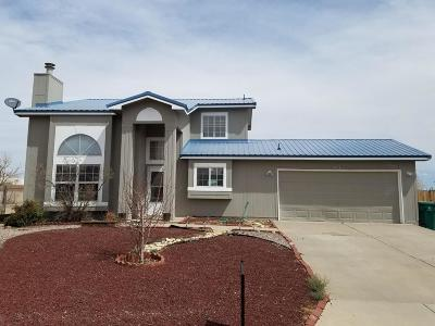 Albuquerque, Rio Rancho Single Family Home For Sale: 7549 Mackenzie Drive NE