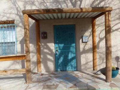 Albuquerque Single Family Home For Sale: 2205 New York Avenue SW