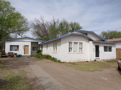 Valencia County Multi Family Home For Sale: 310 Chavez Avenue