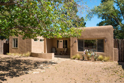 Albuquerque Single Family Home For Sale: 612 Solano Drive SE