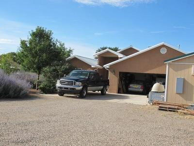 Valencia County Single Family Home For Sale: 4 Mesa Bonita