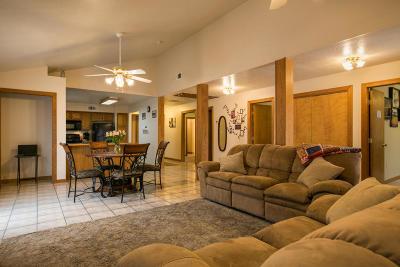 Rio Rancho NM Single Family Home For Sale: $190,000