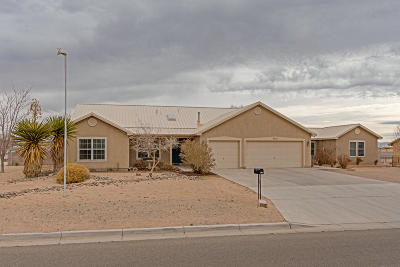 Rio Rancho Single Family Home For Sale: 1012 26th Street SE
