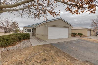 Rio Rancho Single Family Home For Sale: 1666 Perma Drive NE