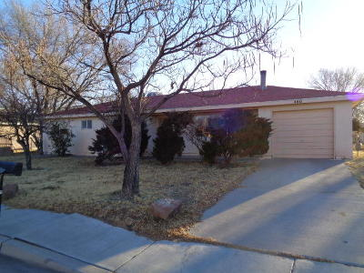 Valencia County Single Family Home For Sale: 460 Verde Drive SW
