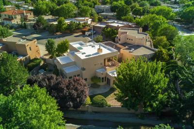 Albuquerque Single Family Home For Sale: 2336 Via Seville Road NW