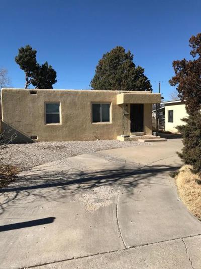 Albuquerque Single Family Home For Sale: 829 Cardenas Drive SE