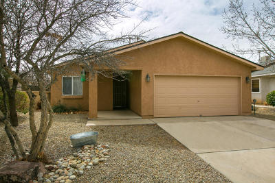 Rio Rancho Single Family Home For Sale: 920 Tiffin Meadows Drive NE