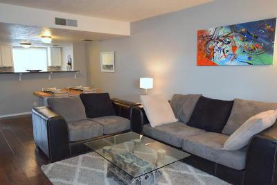 Albuquerque Attached For Sale: 189 Vista Point Court NE