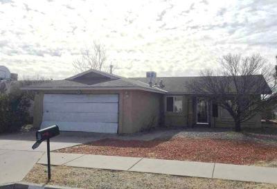 Albuquerque NM Single Family Home For Sale: $107,200