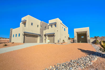 Rio Rancho Single Family Home For Sale: 5617 Pikes Peak Loop NE