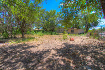 Albuquerque Residential Lots & Land For Sale: 1904 Minnie Street SW