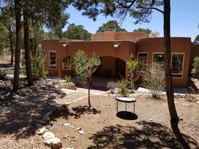 Tijeras Single Family Home For Sale: 171 Via Sedillo Road