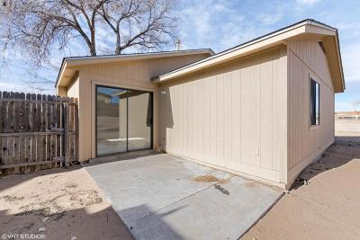 Rio Rancho NM Single Family Home For Sale: $104,900