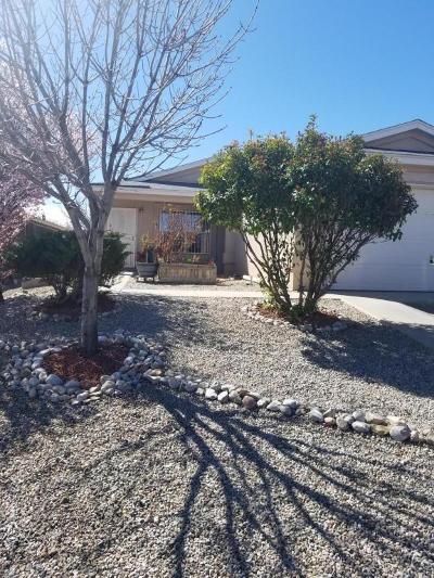 Albuquerque NM Single Family Home For Sale: $157,000