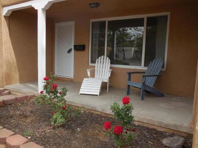 Albuquerque Single Family Home For Sale: 3615 Calle Del Sol NE