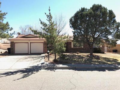 Single Family Home For Sale: 11508 Manitoba Drive NE