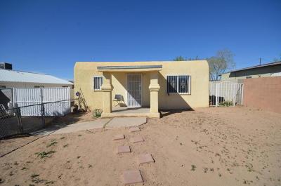 Albuquerque Single Family Home For Sale: 217 65th Street SW