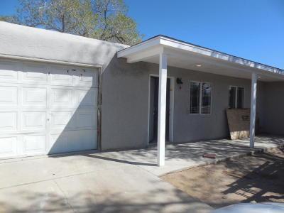 Albuquerque NM Single Family Home For Sale: $150,000