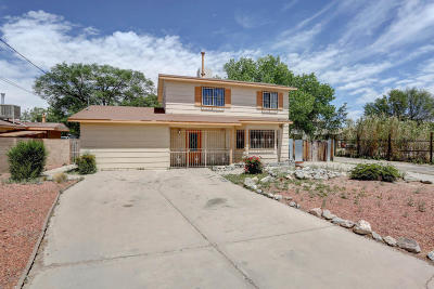 Albuquerque NM Single Family Home For Sale: $182,000