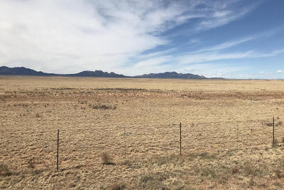 Santa Fe County Farm & Ranch For Sale: 3915 Nm 41