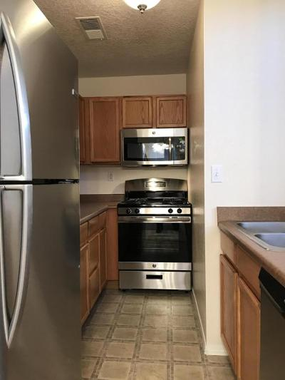 Albuquerque Attached For Sale: 1701 Los Jardines Place NW