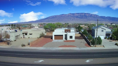 Rio Rancho Single Family Home For Sale: 1418 Golf Course Road SE