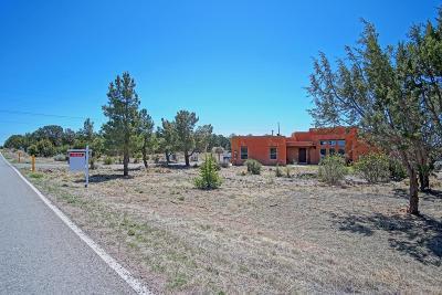 Tijeras, Cedar Crest, Sandia Park, Edgewood, Moriarty, Stanley Single Family Home For Sale: 37 Willard Road