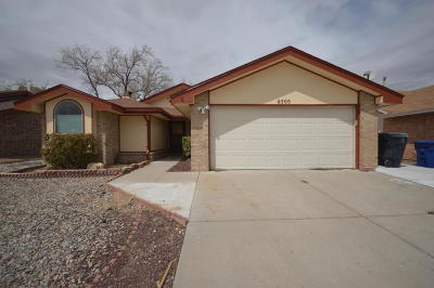 Albuquerque Single Family Home For Sale: 6505 Lamy Street NW