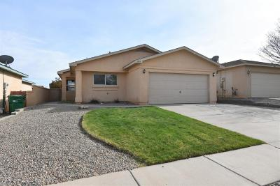 Rio Rancho Single Family Home For Sale: 532 Sedona Meadows Drive NE