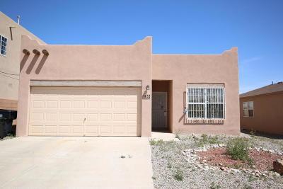 Albuquerque Single Family Home Active Under Contract - Short : 632 Cyan Court NW