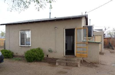 Albuquerque NM Single Family Home For Sale: $56,700