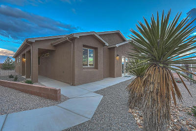 Rio Rancho Single Family Home For Sale: 1854 Goldenflare Loop NE