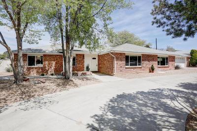 Albuquerque Single Family Home For Sale: 2323 Morrow Road NE