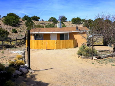 Placitas Single Family Home For Sale: 63 Loma Chata Road