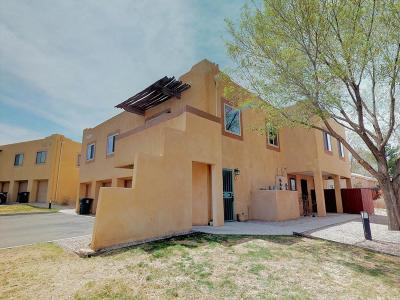 Albuquerque Attached For Sale: 4801 Irving Boulevard NW #UNIT 330