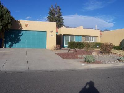 Albuquerque Attached For Sale: 9801 Amigante Drive NE
