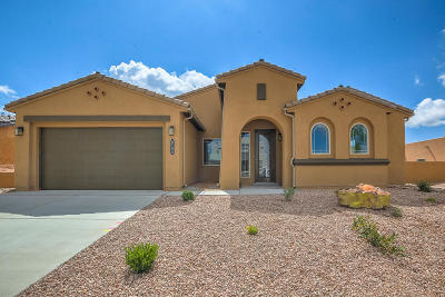 Rio Rancho Single Family Home For Sale: 5704 Pikes Peak Loop NE