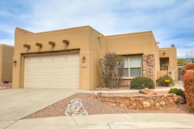 Albuquerque Single Family Home For Sale: 8808 Henriette Wyeth Drive NE