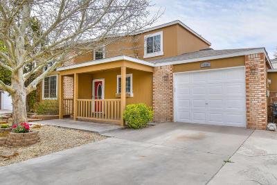 Albuquerque, Rio Rancho Single Family Home For Sale: 1328 Bellflower Drive NE