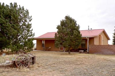 Tijeras, Cedar Crest, Sandia Park, Edgewood, Moriarty, Stanley Single Family Home For Sale: 286 Thompson Road
