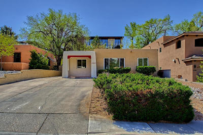 Albuquerque Single Family Home For Sale: 1108 Roma Street NE