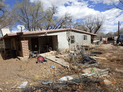 Albuquerque Single Family Home For Sale: 5710 Evans Road SW