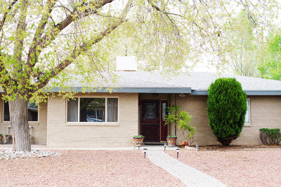 Albuquerque Single Family Home For Sale: 1605 Los Arboles Avenue NW