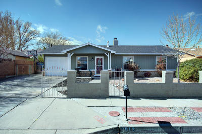 Albuquerque Single Family Home For Sale: 3913 68th Street NW