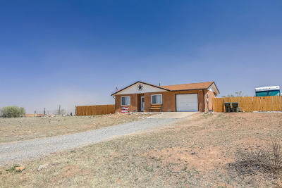 Tijeras, Cedar Crest, Sandia Park, Edgewood, Moriarty, Stanley Single Family Home For Sale: 4 Scotts Court